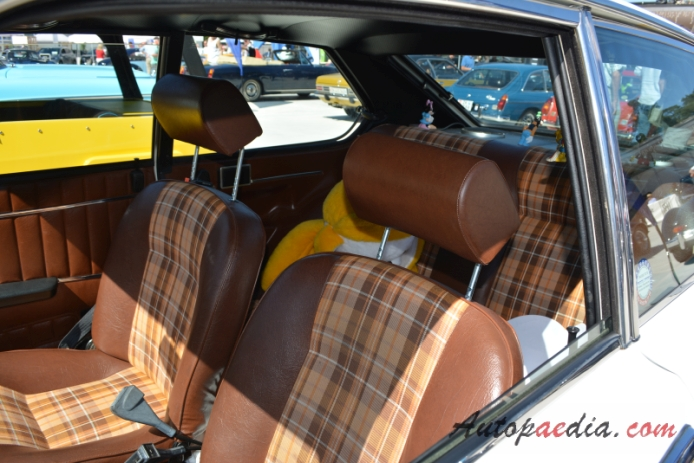 Fiat 128 2nd series 1976-1985 (1976 1300 Fiat 128 3p 3d), interior