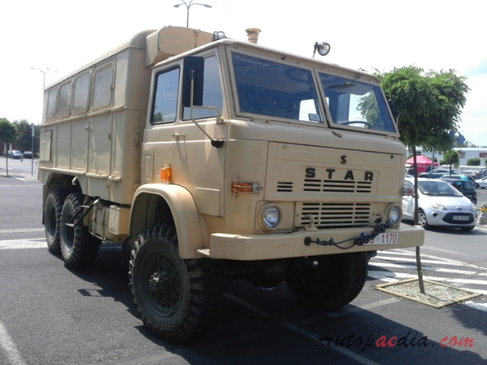 Star 266 1973-2000 (1985-2000 117 AUM military truck), right front view
