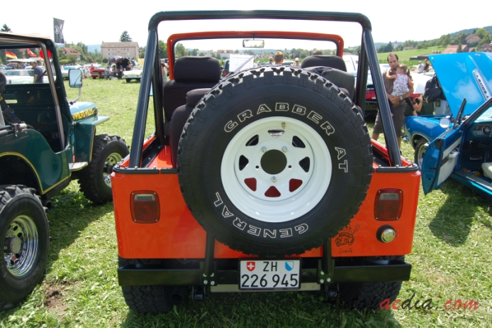 Jeep Willys CJ-5 1954-1983, rear view
