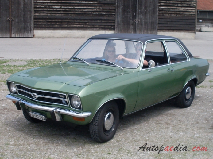opel ascona a 1970 1975 1 6 s sedan 2d left front view autopaedia encyclopaedia of young. Black Bedroom Furniture Sets. Home Design Ideas